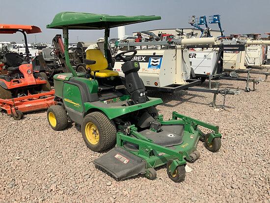 John Deere 1445 4x4 Front Deck Riding Mower Runs & Operates