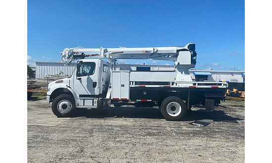 Altec DC47-TR, Digger Derrick rear mounted on 2014 Freightliner M2 106 4x4 Flatbed/Utility Truck Run