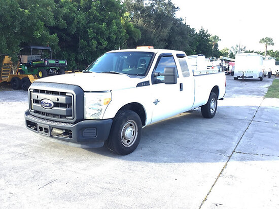 2012 Ford F250 Extended-Cab Pickup Truck Runs & Moves) (Check Engine Light On & Minor Body Damage
