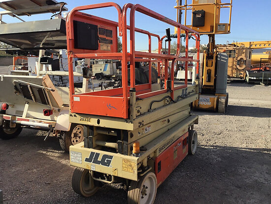 1997 JLG 2033E Self-Propelled Scissor Lift No key, running conditions unknown