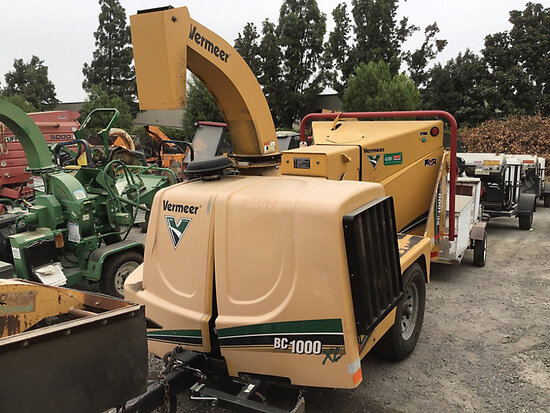 "2009 Vermeer BC1000XL Chipper (12"" Drum) Runs and operates, may be subject to arb regulations"