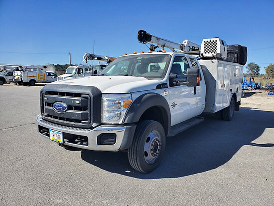 2016 Ford F550 4x4 Extended-Cab Mechanics Service Truck Runs, Moves & Aerial Operates, hydraulic lea