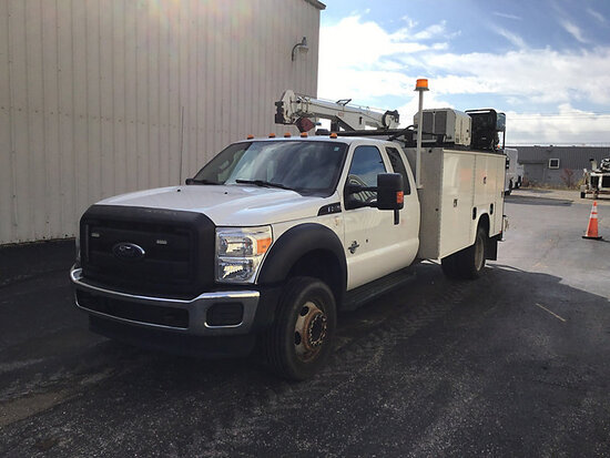 2016 Ford F550 Extended-Cab Mechanics Service Truck Runs & Moves