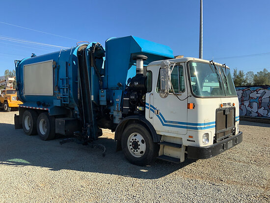 2011 Autocar Xpeditor T/A Side Load Recycling Truck Runs, moves, operates