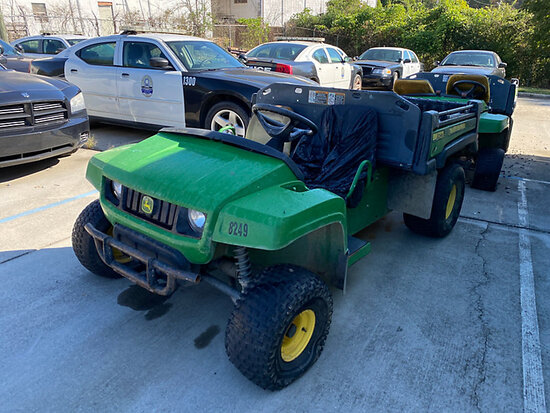 John Deere Gator Utility Cart Not Running, Condition Unknown, No charger, Hours Unknown