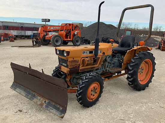 Kubota L235 Rubber Tired Utility Tractor Runs, Moves, Blade Operates.
