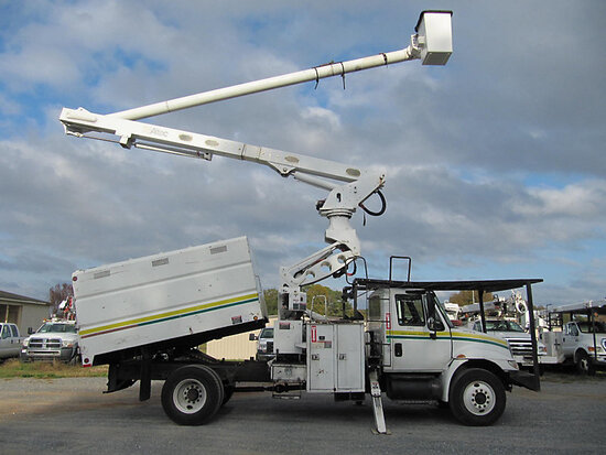 Altec LRV60-E70, Over-Center Elevator Bucket Truck mounted behind cab on 2006 International 4300 Chi