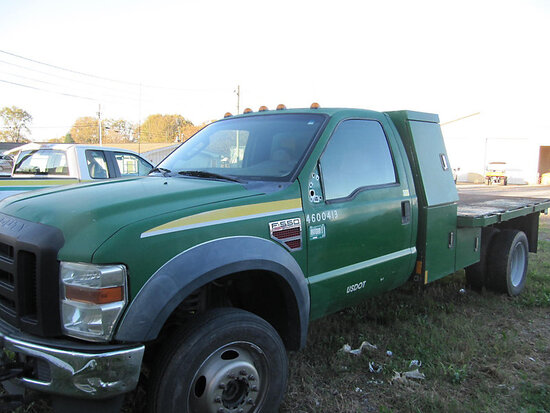2010 Ford F550 4x4 Flatbed Truck not running, bad starter/electrical, drive train condition unknown