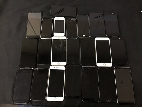 22 cellphones | 14 are iPhones | rest are zte | motorola | coolpad | all possibly locked | some have
