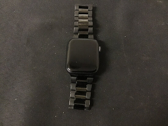 Apple Watch possibly locked (Used ) NOTE: This unit is being sold AS IS/WHERE IS via Timed Auction a