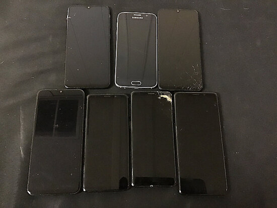 7 Samsung cellphones | possibly locked | some have damage | reactivation status unknown (Used ) NOTE