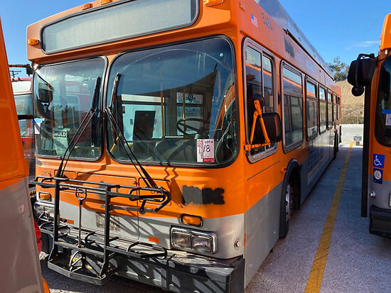 2001 NEW FLYER C40LF Passenger Bus DISMANTLER ONLY!  Junk receipt in transit, 7878 Telegraph Rd, Dow