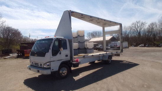 (Indianapolis, IN) 2006 Chevrolet W35 Mobile Billboard Truck Runs and moves.