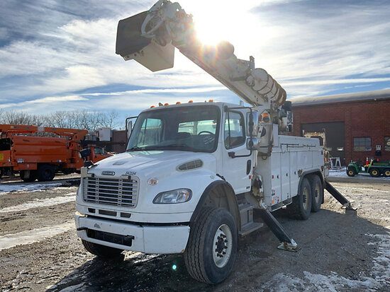 (Des Moines, IA) Altec DM45-TR, Digger Derrick rear mounted on 2010 Freightliner M2 106 T/A Utility