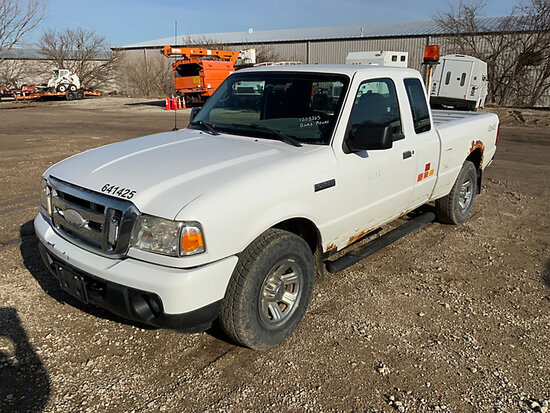 (Des Moines, IA) 2009 Ford Ranger 4x4 Extended-Cab Pickup Truck Runs and Moves, Rust Damage