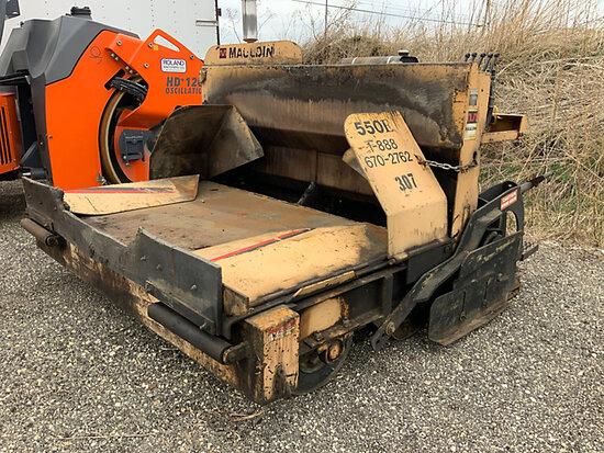(South Beloit, IL) 1998 Mauldin 550 E Asphalt Paver runs, moves & operates, seller states-bad tires