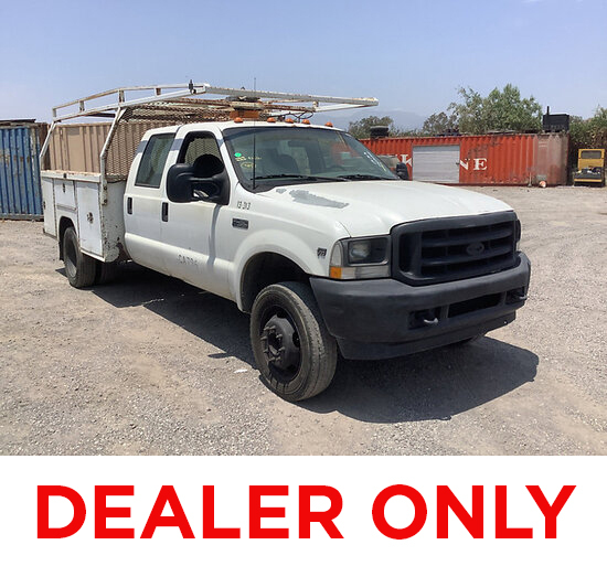 2002 Ford F450 Service Truck DEALER ONLY! NO RETAIL BUYERS! Runs and moves, bad transmission, paint