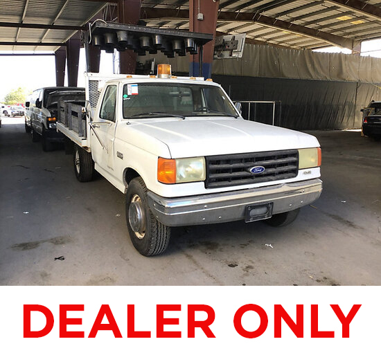 1987 Ford F350 Flatbed Truck DEALER ONLY NO RETAIL BUYERS,Runs and moves,arrow board does not work,n