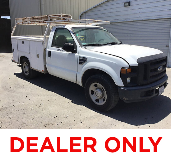 2008 Ford F350 Service Truck DEALER ONLY! NO RETAIL BUYERS! Runs and moves, check engine light, cata