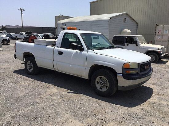 2000 GMC Sierra2500 Service Truck Runs and moves