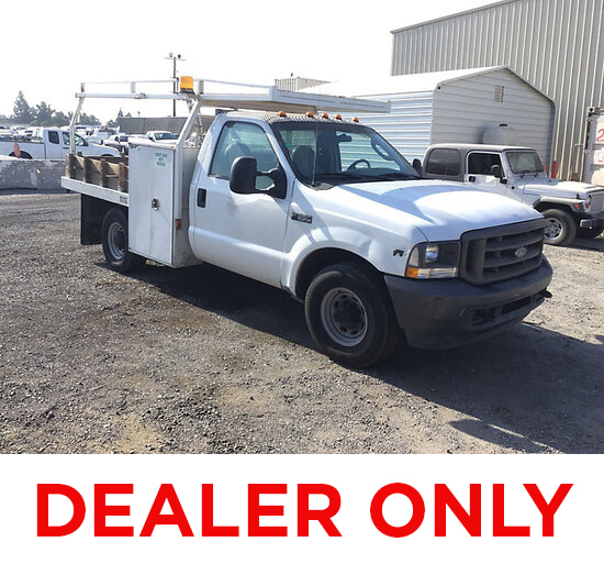 2004 Ford F350 Service Truck DEALER ONLY! NO RETAIL BUYERS! Runs and moves, missing catalytic conver