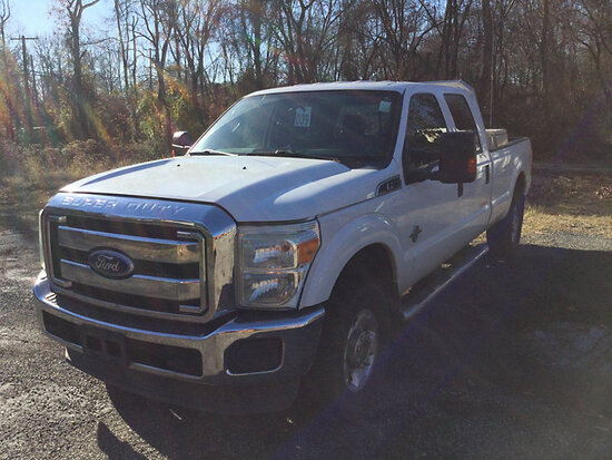 2011 Ford F350 4x4 Crew-Cab Pickup Truck runs and moves