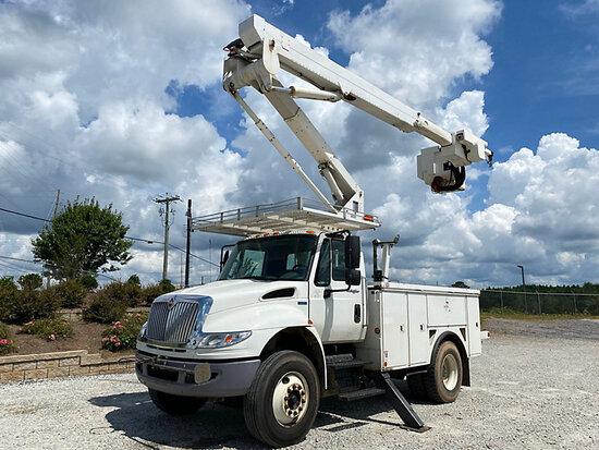 (Villa Rica, GA) Hi-Ranger TL45, Articulating & Telescopic Material Handling Bucket Truck mounted be