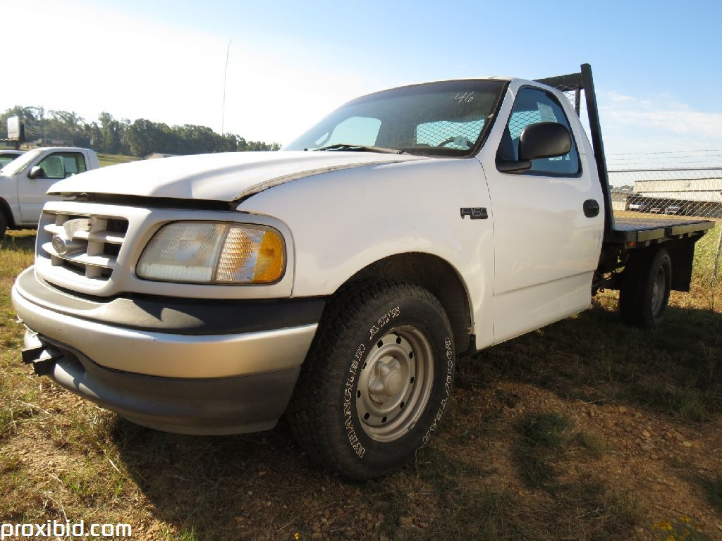 Lot 1999 Ford F150 Flatbed Truck 6 Cyl Auto A C With 8 Body