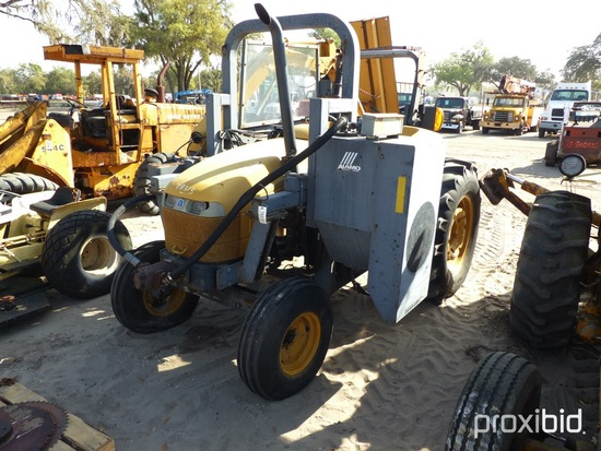 NH 402TB10 2WD W/BLADE