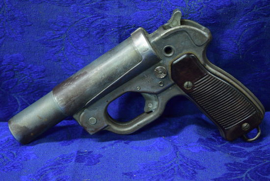 WWII GERMAN SIGNAL FLARE PISTOL!