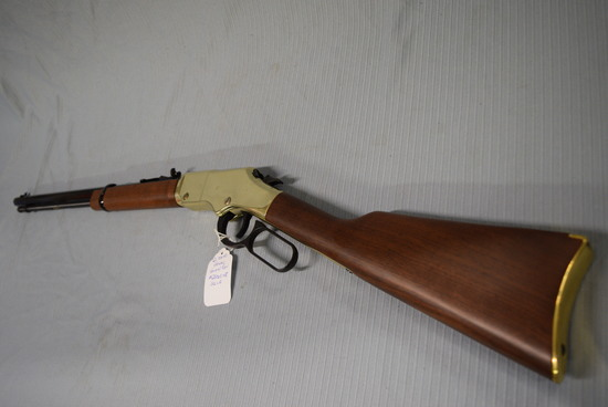 FIREARM/GUN! HENRY YELLOW BOY! R2340