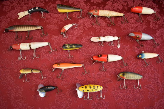 EXTREME VINTAGE FISHING LURES!