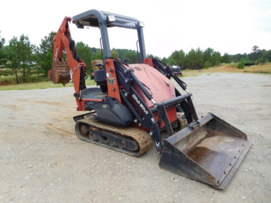 2006 DITCH WITCH XT1600 TRACK LOADER BACKHOE SN A6000007