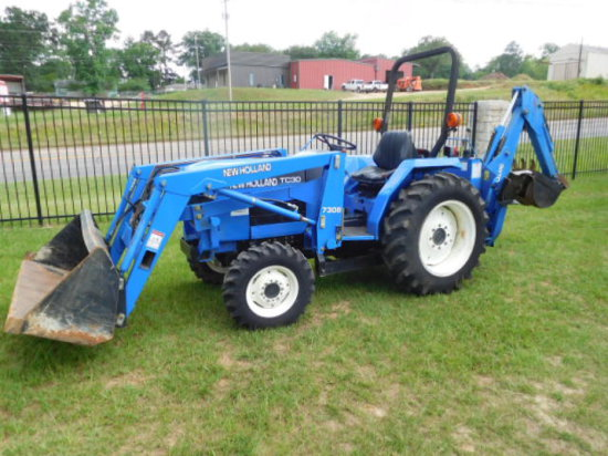 NEW HOLLAND TC30 4X4 TRACTOR LOADER BACKHOE SN 15509