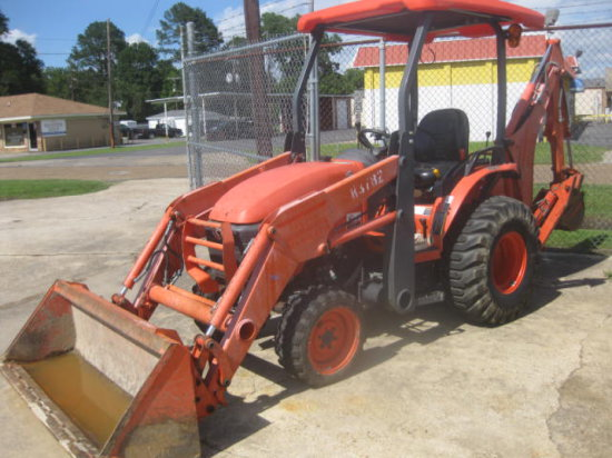 KUBOTA B26 LOADER BACKHOE SN 53782