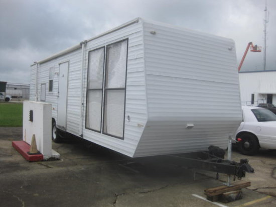 MOBILE CONCEPTS 34' MOBILE OFFICE TRAILER