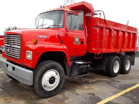 1996 FORD LS8000 DUMP TRUCK