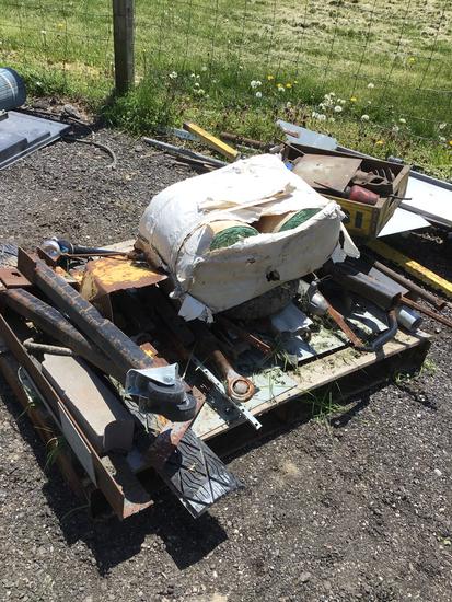 Pile of scrap iron including -toplink,dryer & malls