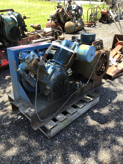 Wisconsin Gas V twin air compressor only