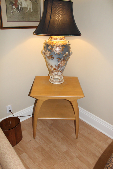 "Heywood Wakefield parlor table 22-1/4"" x 19-1/2"""