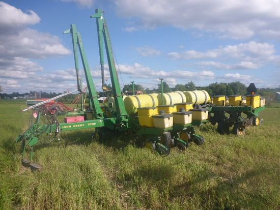 John Deere 7000 12 Row Planter Auctions Online Proxibid