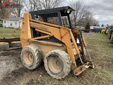 CASE 1845C  RUBBER TIRE SKID STEER, OROPS, AUX HYDRAULICS, 2 SPARE RIMS, RUNS BUT HAS HAS BAD ROD KN
