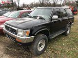 1994 TOYOTA 4-RUNNER 4-DOOR SUV, 3.0L V6 GAS ENGINE, AUTO TRANS, CLOTH, PW, PL, PM, AM/FM-CD, SUN RO