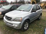 2005 KIA SORENTO 4-DOOR SUV, 3.5L V6 GAS ENGINE, AUTO TRANS, CLOTH, PW, PL, PM, AM/FM-CD-CASS, REAR
