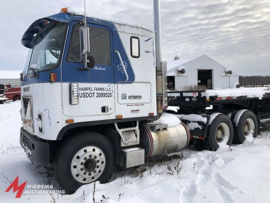 1973 GMC ASTRO 9S SEMI TRACTOR, CABOVER, 6X4, DETROIT 318 DIESEL ENGINE, 13 SPEED TRANSMISSION, 171,