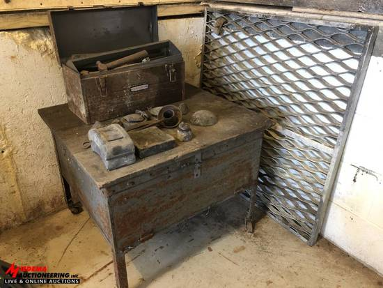 VINTAGE CABINET WITH ASSORTED VINTAGE TOOLS AND ASSORTED LEAD PIECES