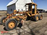 CAT ROAD GRADER, 1950'S, S/N: 9T4578, 12' MOLD BOARD, FRONT SCARIFIER, CAB, RUNS & OPERATES, HAVE TO