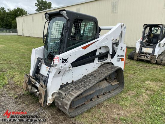 2018 BOBCAT T740 RUBBER TRACK SKID STEER, AUX HYDRAULICS, POWER BOB TACH, H