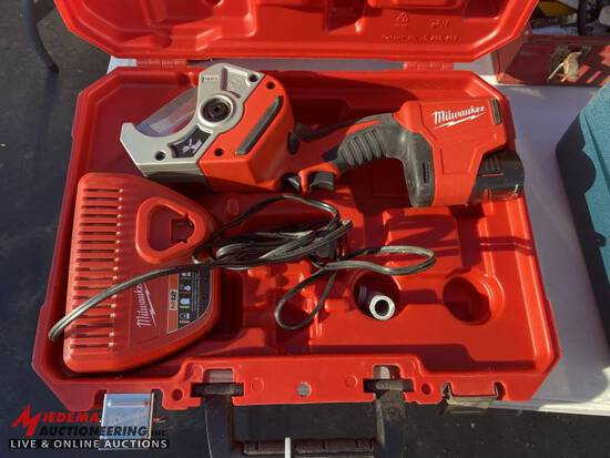 MILWAUKEE 12V PVC CUTTER, WITH CHARGER & CASE