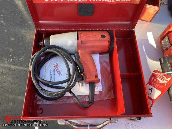 MILWAUKEE 1/2'' ELECTRIC IMPACT WITH CASE